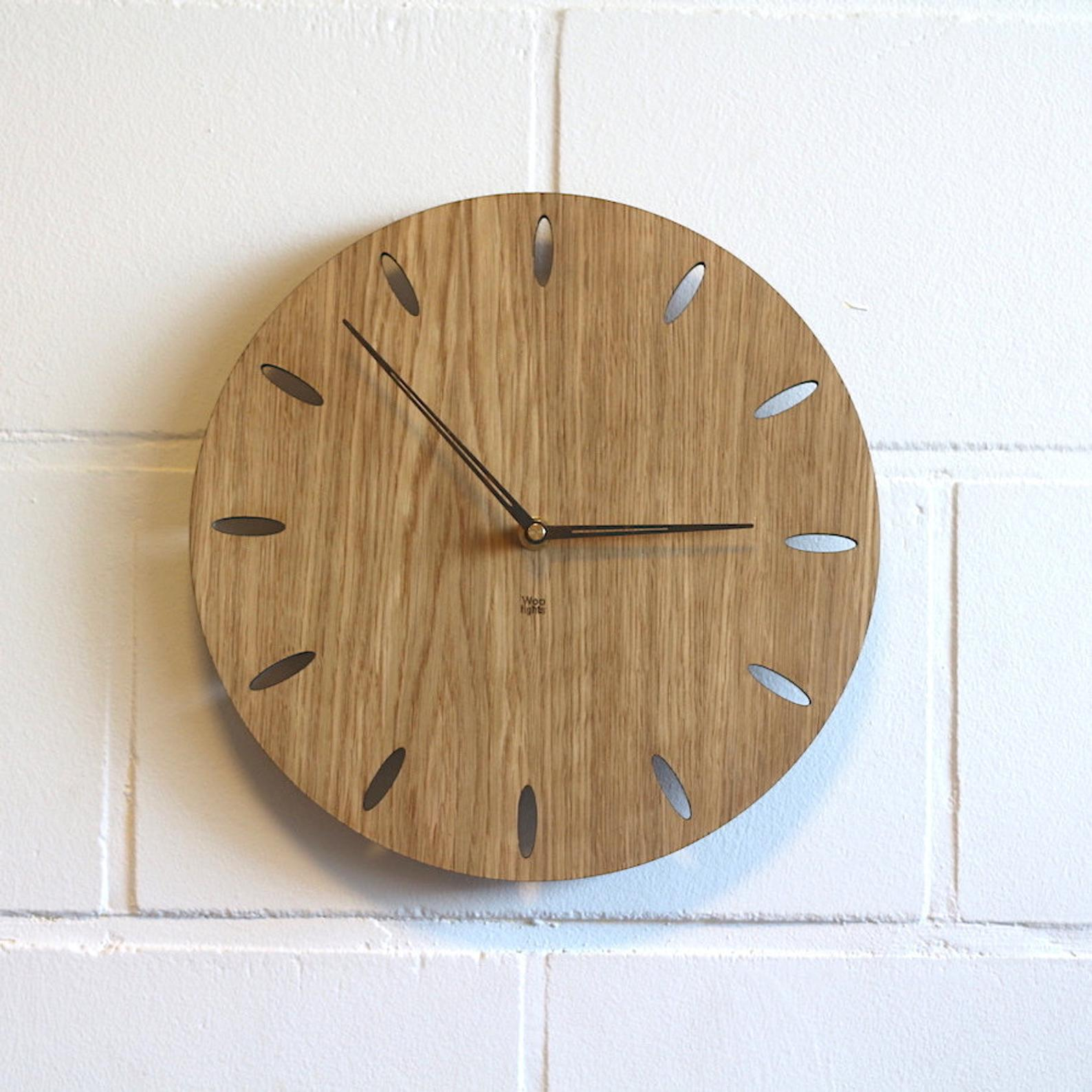 Wall clock for Leonie